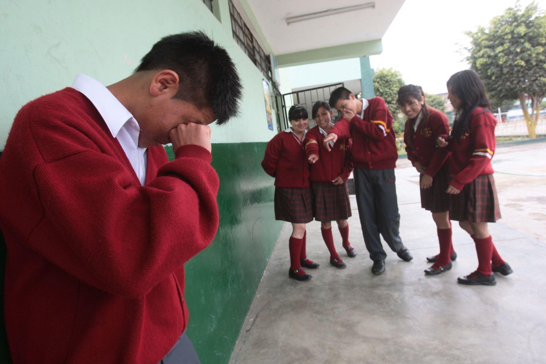¿Cómo afrontar el bullying escolar?