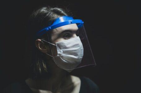 Protectores faciales ¿en qué casos ayudan a prevenir el contagio de covid-19?