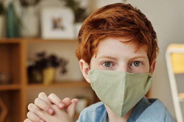 ¿Es necesario usar la mascarilla dentro de casa?